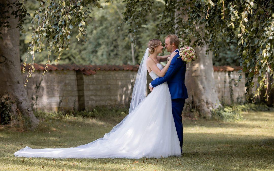 Hvorfor skal jeg vælge en professionel fotograf til mit bryllup….